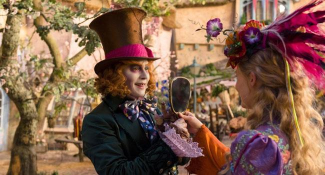 Новинки кино 2016 - Алиса в Зазеркалье