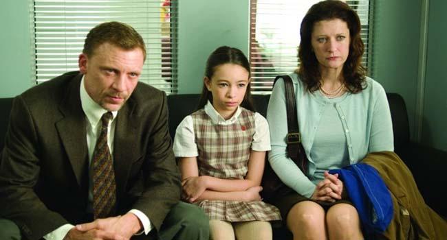 Дело №39 / Case 39, реж. Кристиан Альварт. 2007 год. - Страшные фильмы про детей, несущих беду