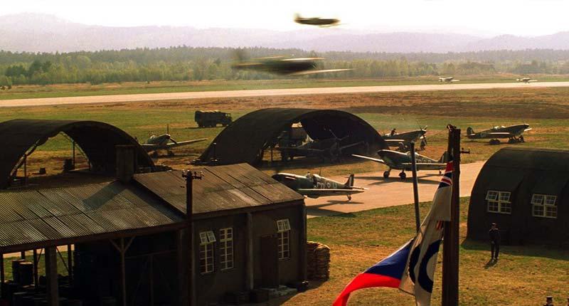 Зияющая синева - Серьезные фильмы про авиацию и самолёты