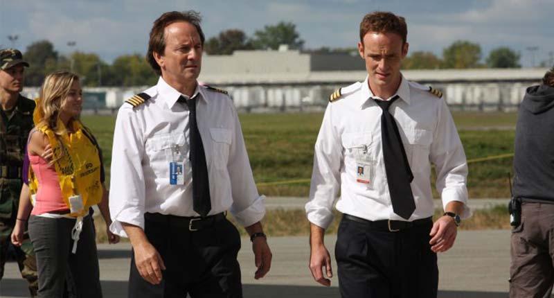 Пише: Между небом и землёй - Серьезные фильмы про авиацию и самолёты