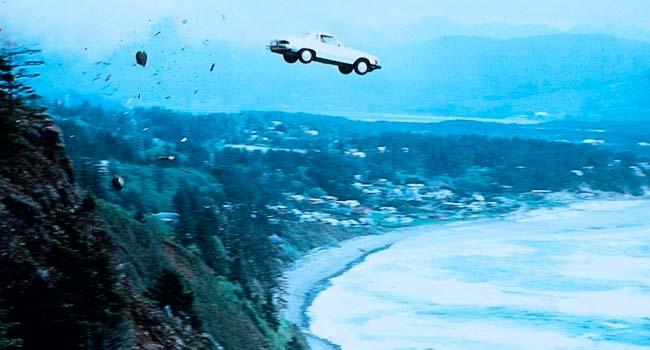 Вдребезги — 100 фильмов с непредсказуемой развязкой